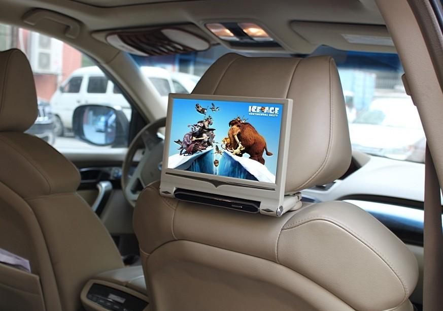 但是目前很多汽车车内设备能获取的信息都很有限,尤其是一些进口豪车由于技术保护问题,车主们甚至不能自主地选择自己想要的信息。人们需要的是随时随地掌握生活中充斥的大量的信息和与外部进行信息的交流与沟通,车主信息缺失会在生活上造成诸多不便。正由于这些原因,在汽车后改装市场上,越来越多的车主选择汽车影音设备的改装,或进行原车屏升级,或直接安装汽车影音设备,如车载dvd。这样车主就不仅能掌握外部信息,还可以在车内听音乐、看电影、看电视等等,车主的车内生活得到了极大的丰富,让车主们实现了尊贵的享受与体验。 网址: