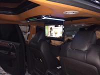 15.6寸超薄吸顶显示器装入奔驰V260L